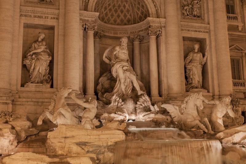 statue-column-di