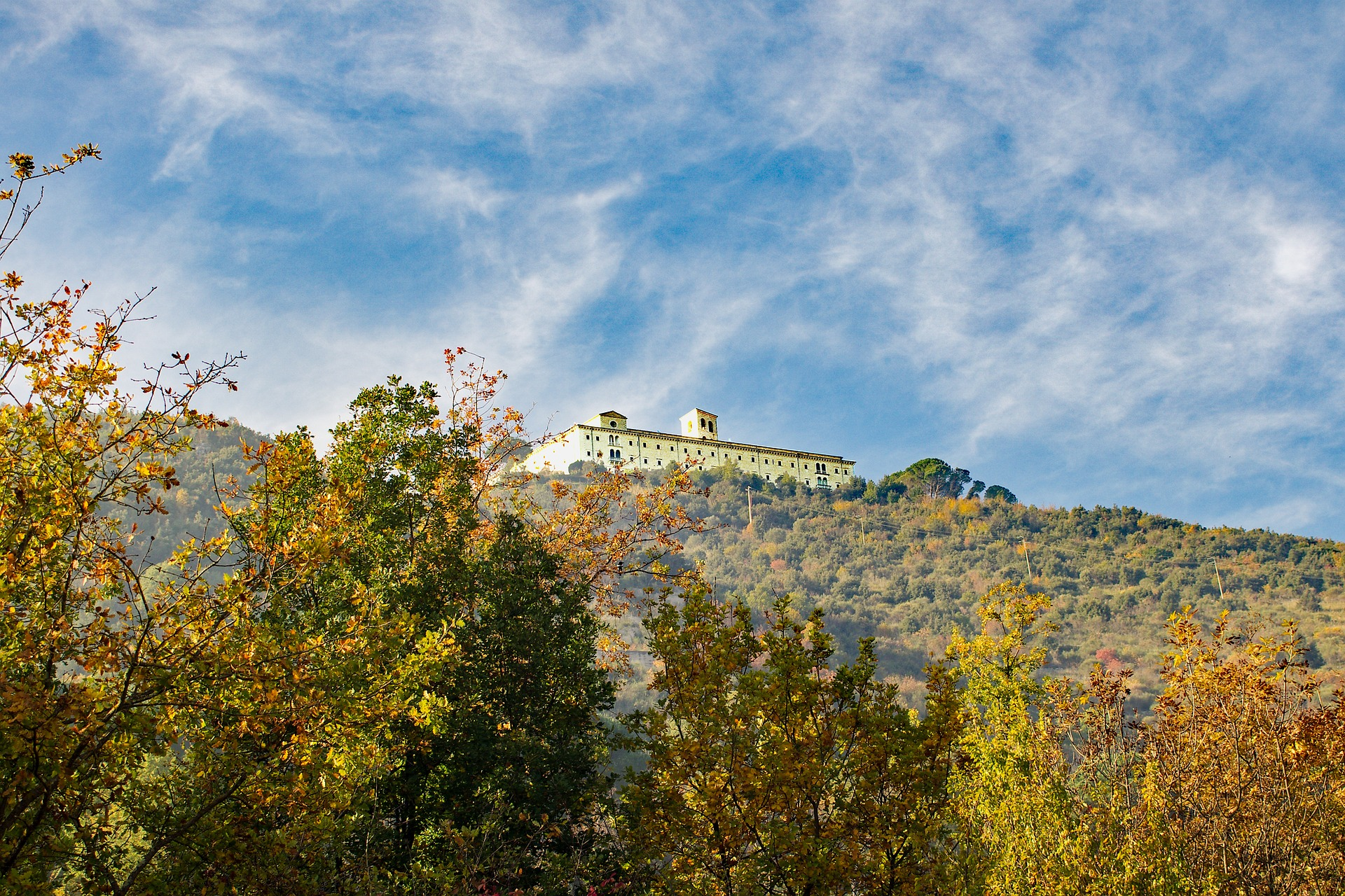 abbey-montecassino-1688655_1920