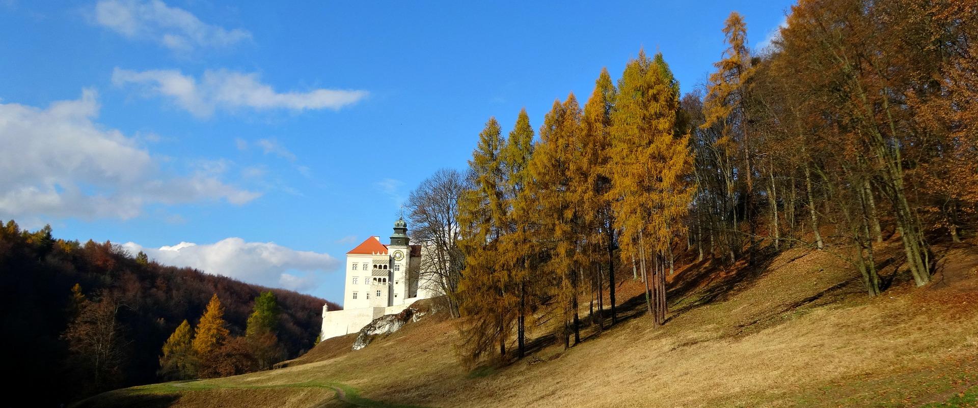 castle-1809495_1920