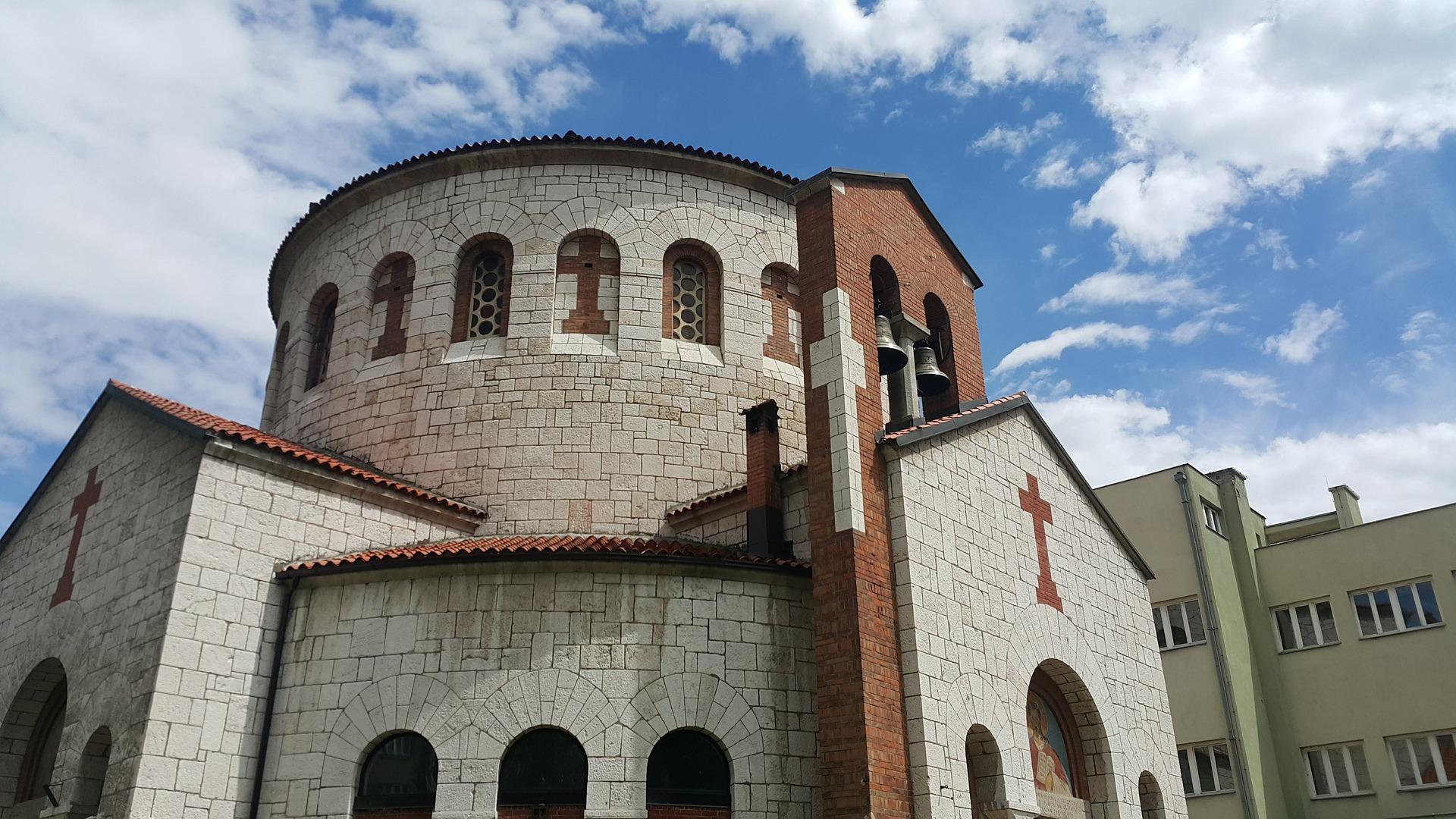 church-3413836_1920