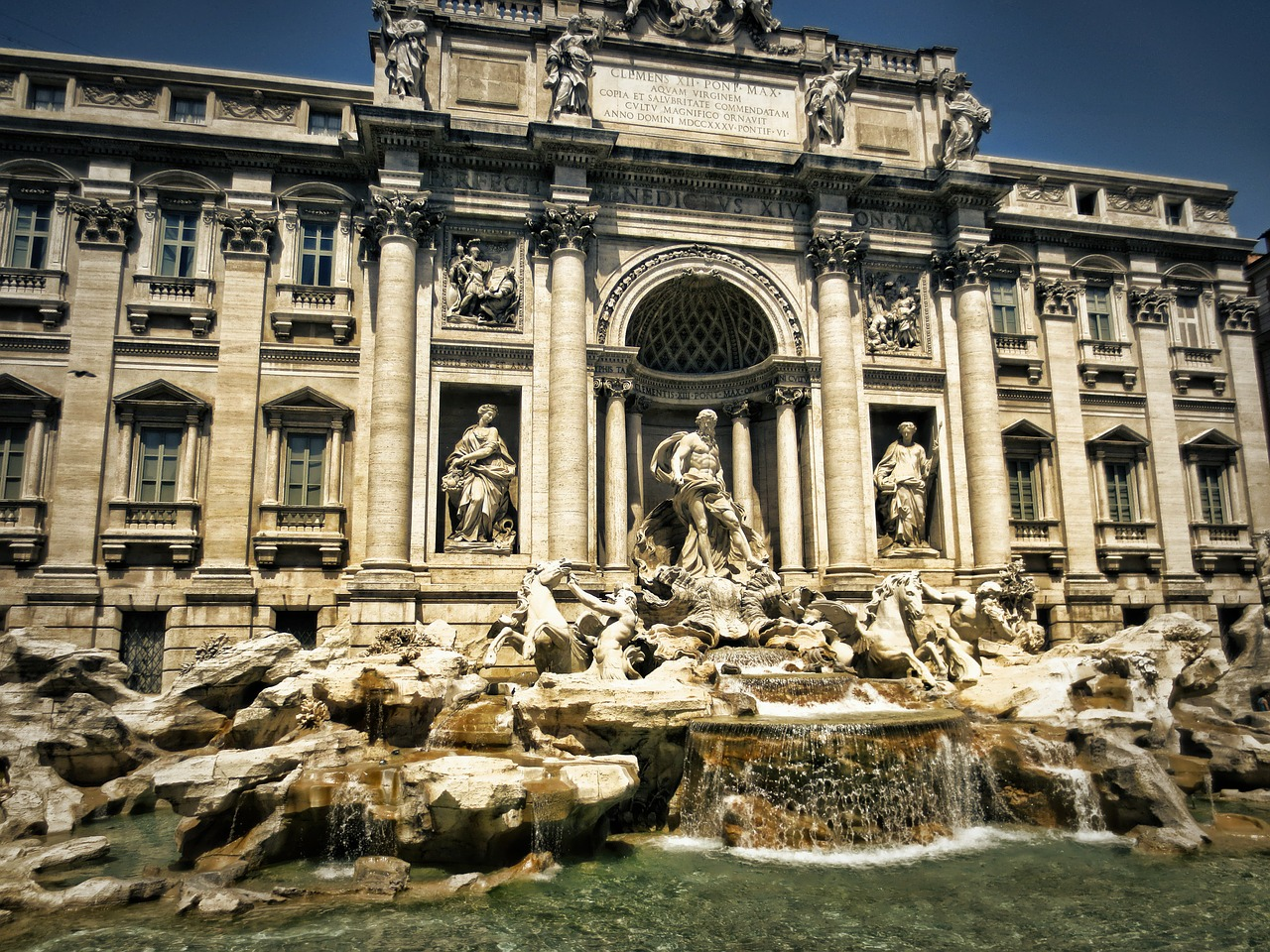 trevi-fountain-298411_1280